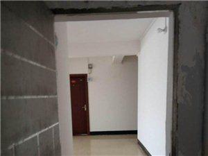 福德隆附近,三房二厅简装,单价4500一平米,证齐