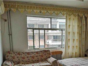 东湖花园3室2厅1卫90万元临湖好房可按揭