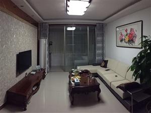 海岱南苑3室2厅1卫1500元/月