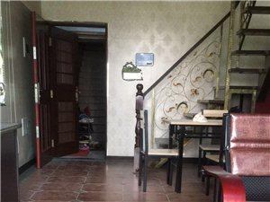 时代广场楼中楼出售3室2厅2卫113万元