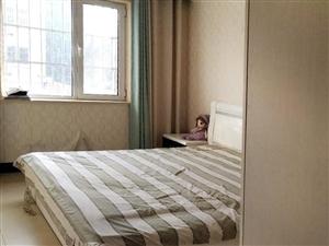 阳光小区88平米两室两厅一卫