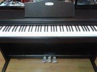 低价卖钢琴