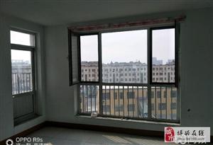 800东河东花园3室2厅1卫26万元阁楼