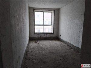 泰和路南段3室2�d1�l52�f元!有�C!