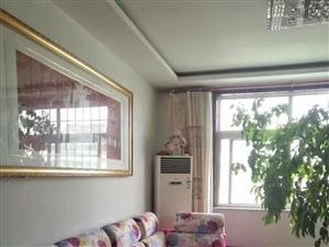 泰和苑3室2厅1卫1500元/月
