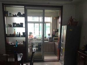 湖光山色 三室两厅 带车库 带储藏室 149平 160万