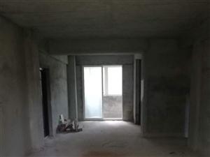人民路3室2厅2卫112万元