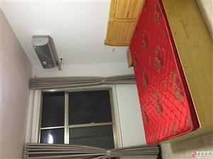 桂花花园1室0厅1卫450元/月