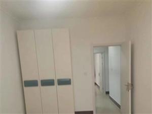 朝阳街隔壁2室1厅1卫33万元