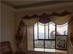 恋家地产:中心区豪华装修金博大楼上3室2厅2卫