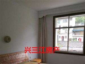 临江小区4室2厅2卫2千多一平米