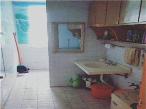 临风苑2室1厅1卫1200元/月