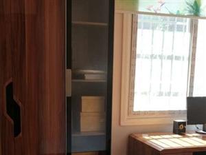 香山丽景3室2厅2卫63.8万元