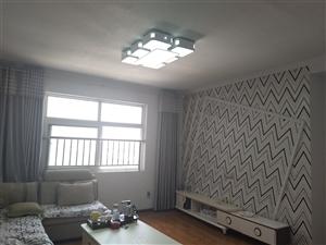滨海汀畔3室2厅2卫精装房,拎包入住。