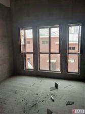 云禧郡别墅自带前后小院能做四室没有公摊面积随时看房