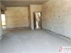 和谐家园三期3室3厅3卫32万元