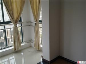 中坤苑3楼精装2室2厅1卫98平2400元/月
