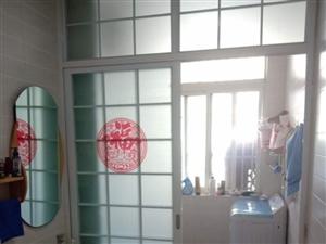 华荣小区1楼豪华装修+110�O+分证满5年+70万