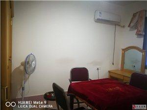 学街四小附近3室1厅1卫833元/月