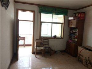 五交化家属三室二厅中等装修看房方便