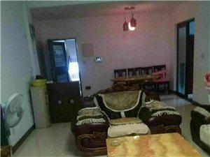 3室2厅2卫2500元/月