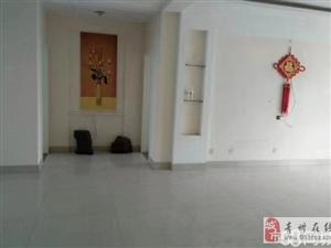 海岱益王府5楼带阁楼,精装3居,136+车储免税