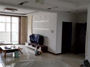 海带南苑3楼139平3室2厅1卫带车库储135万元