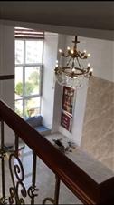 现房包边高档精装公寓中央城复式楼2500元/月