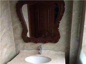 需要購買、安裝及維修衛浴潔具 五金掛件和熱水器之類