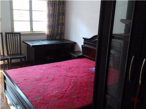北明霞小区3楼中装2室1厅1卫1000元/月