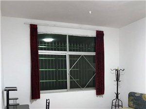 城西德意酒家附近,单身公寓,独立卫生间,床,热水器
