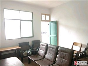 师范家属房2室1厅1卫28.5万元