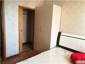 晨晖里4楼65平米两室中装齐全1500/月