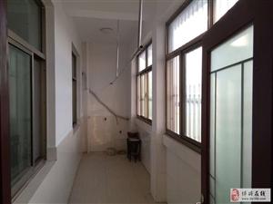 学府家园3室2厅1卫110万元