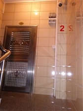 城北京都花园附近一厅二房有阳台配家私澳门皇冠网站(房东)