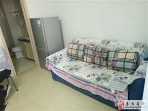 1室0厅1卫60万元