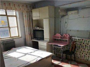 建安里位置好东西齐全家具家电齐全