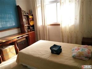 解放路(正宗学区房)3室2厅2卫37.6万元