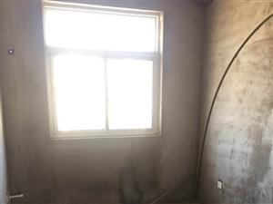 东方国际3室2厅2卫70万元