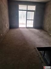 隆安东方明珠5室2厅3卫140万元