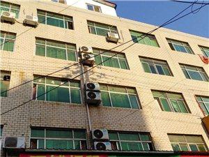 汽车站门面房、地下室、外加6楼各一套90平米房屋出租