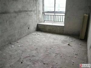 凤凰城二期毛坯三房可按揭