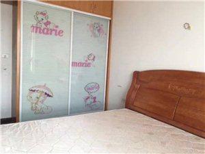 鸿发世纪城2室2厅1卫2000元/月包物业