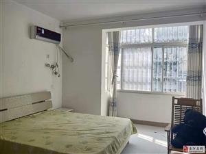 大唐中央2室2厅1卫12000元/月