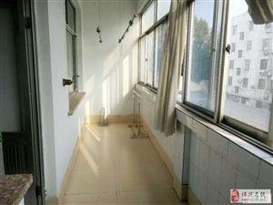 中医院家属楼3室2厅1卫1250元/月