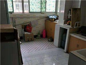北城街中段2室2厅2卫29万元