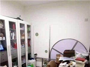 诚心出售自带楼顶花园4室2厅2卫78万元