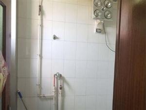 土地局家属院两室精装带东西再送30平米露台可贷款