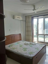 阳光南区1楼138平精装带家具+空调1500元/月