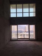 世纪豪庭楼中楼225平方每平方8600